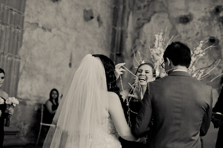 wedding antigua guatemala shannon skloss photography-37