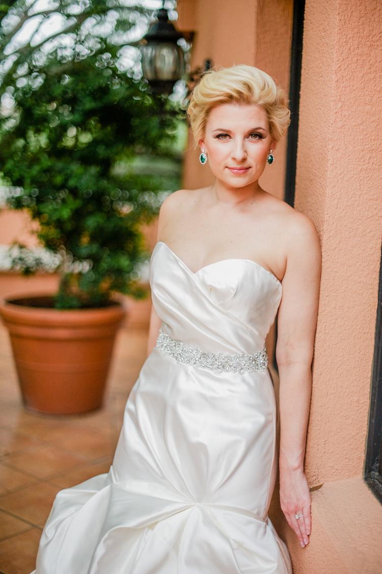 lexi-mansion-turtle-bridal-photo-shannon-skloss-1
