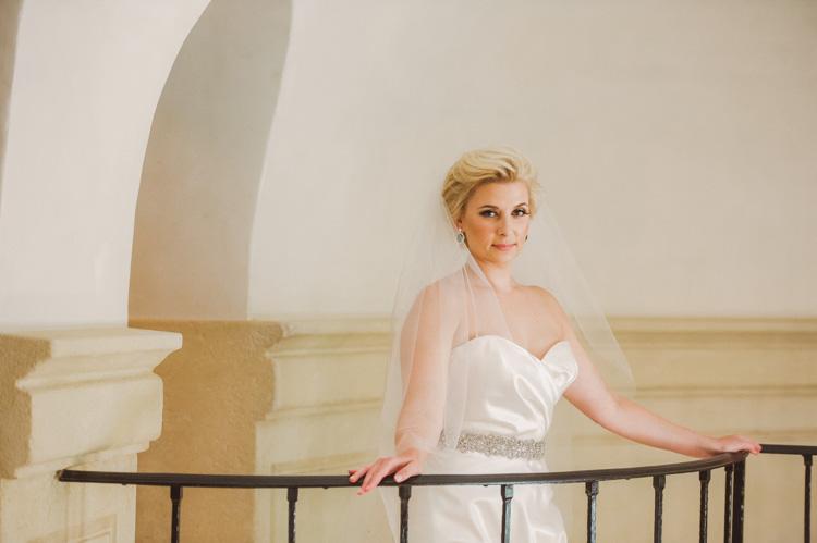 lexi-mansion-turtle-bridal-photo-shannon-skloss-10