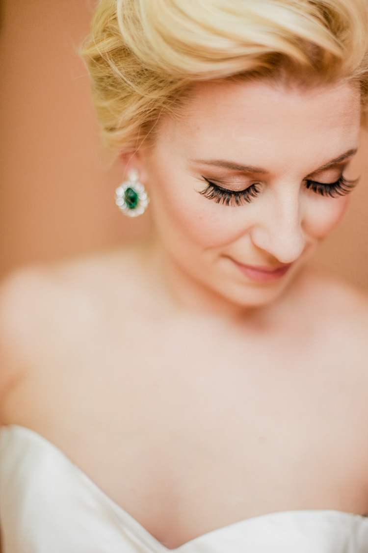 lexi-mansion-turtle-bridal-photo-shannon-skloss-3