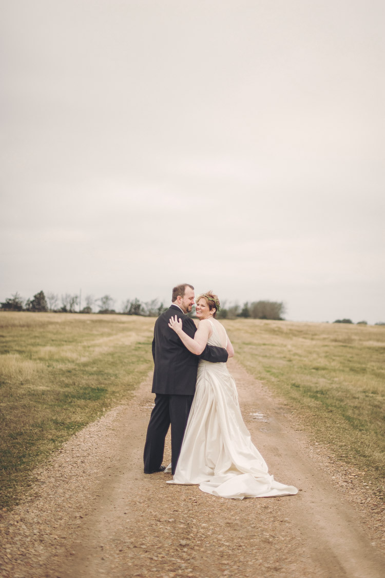 Mary Jeff Elopement Prairie by Rachel Ashwell-28