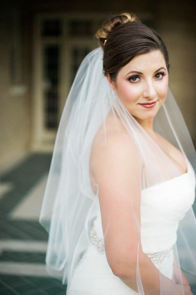 dallas-wedding-photographer-shannon-skloss-aldredge-house-bridal-portrait-10