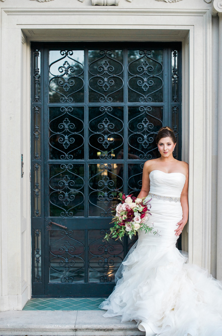 dallas-wedding-photographer-shannon-skloss-aldredge-house-bridal-portrait-12