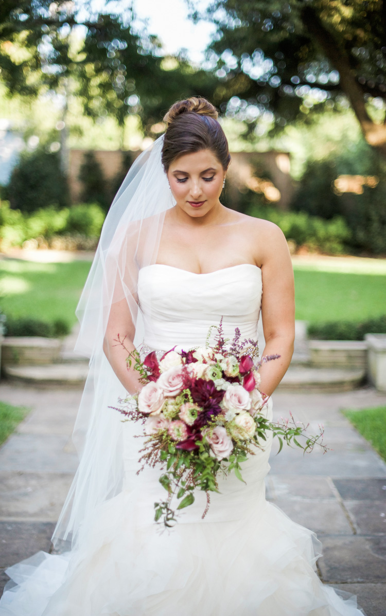 dallas-wedding-photographer-shannon-skloss-aldredge-house-bridal-portrait-2