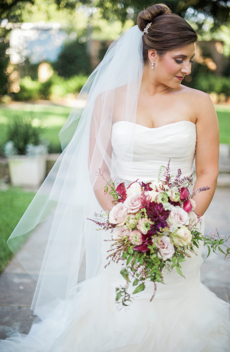 dallas-wedding-photographer-shannon-skloss-aldredge-house-bridal-portrait-3
