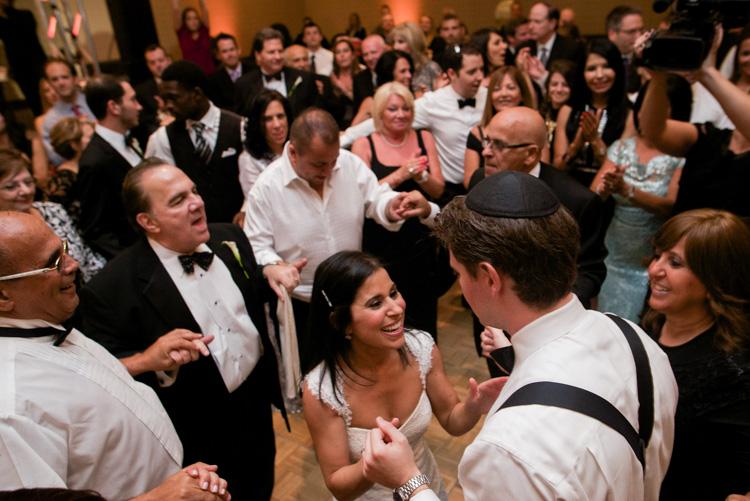 shannon-skloss-photography-wedding-dallas-westin-galleria-jewish-15