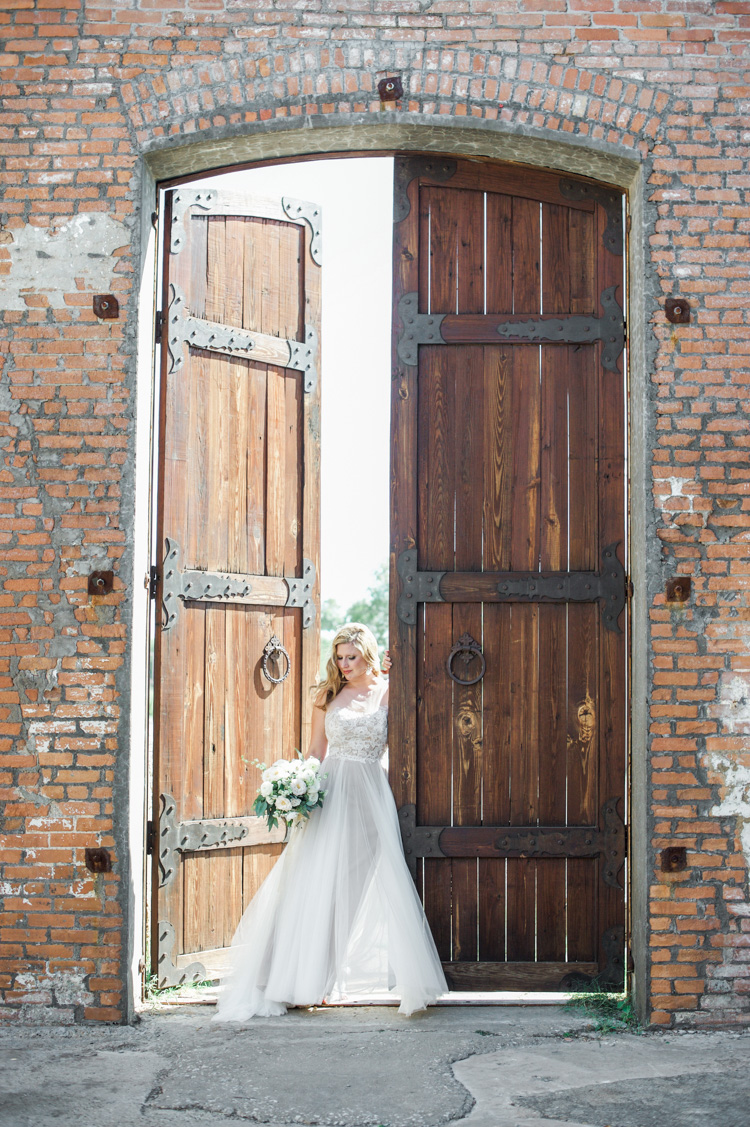 callie-mckinney-cotton-mill-bridal-portraits-shannon-skloss-photography-wedding-11