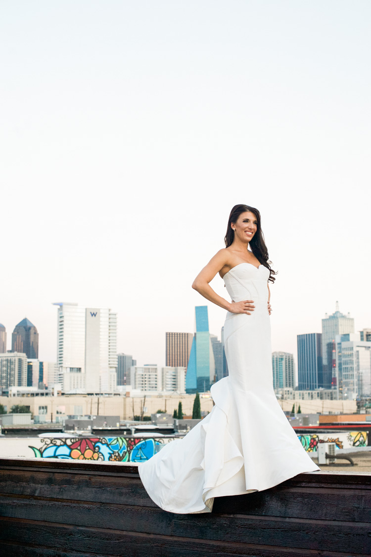 erin-dec-dragon-bridal-session-portraits-shannon-skloss-photography-dallas-wedding-photographer-16