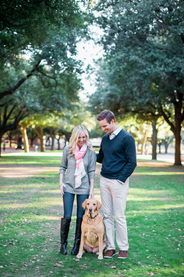 katie-greg-hpumc-highland-park-methodist-church-engagement-session-shannon-skloss-photography-1