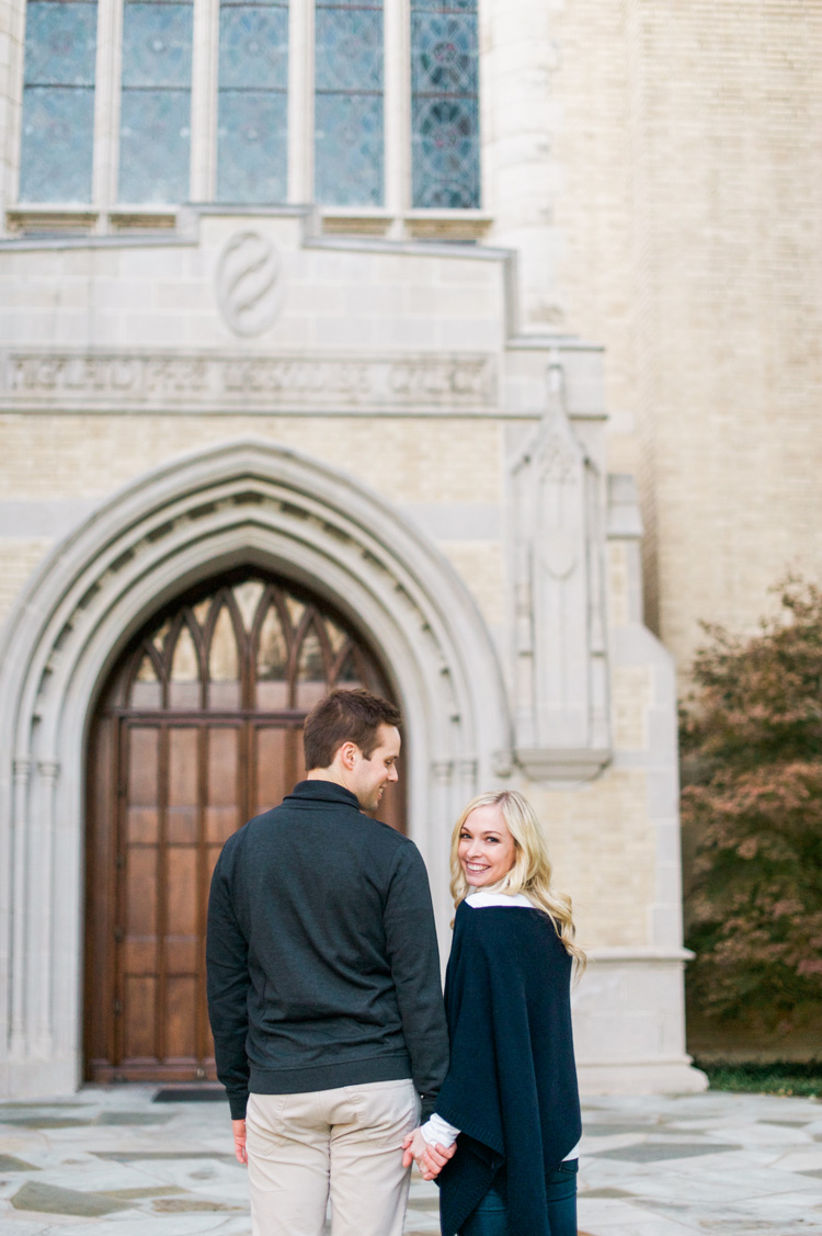katie-greg-hpumc-highland-park-methodist-church-engagement-session-shannon-skloss-photography-21