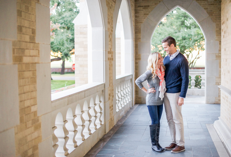 katie-greg-hpumc-highland-park-methodist-church-engagement-session-shannon-skloss-photography-8