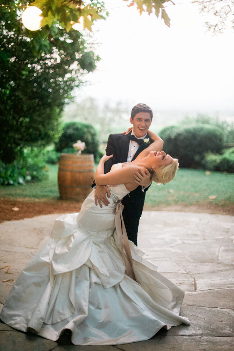 lexi-andrew-sebastopol-california-wedding-photographer-vine-hill-house-105