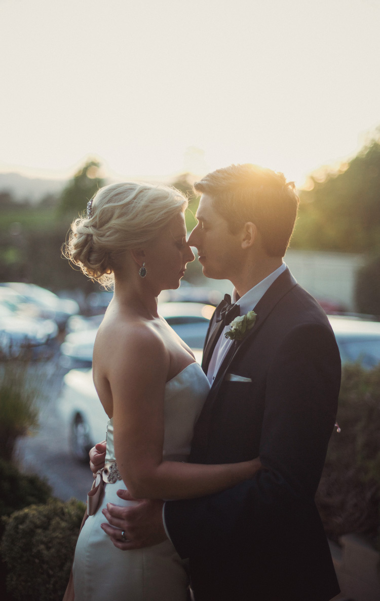 lexi-andrew-sebastopol-california-wedding-photographer-vine-hill-house-93