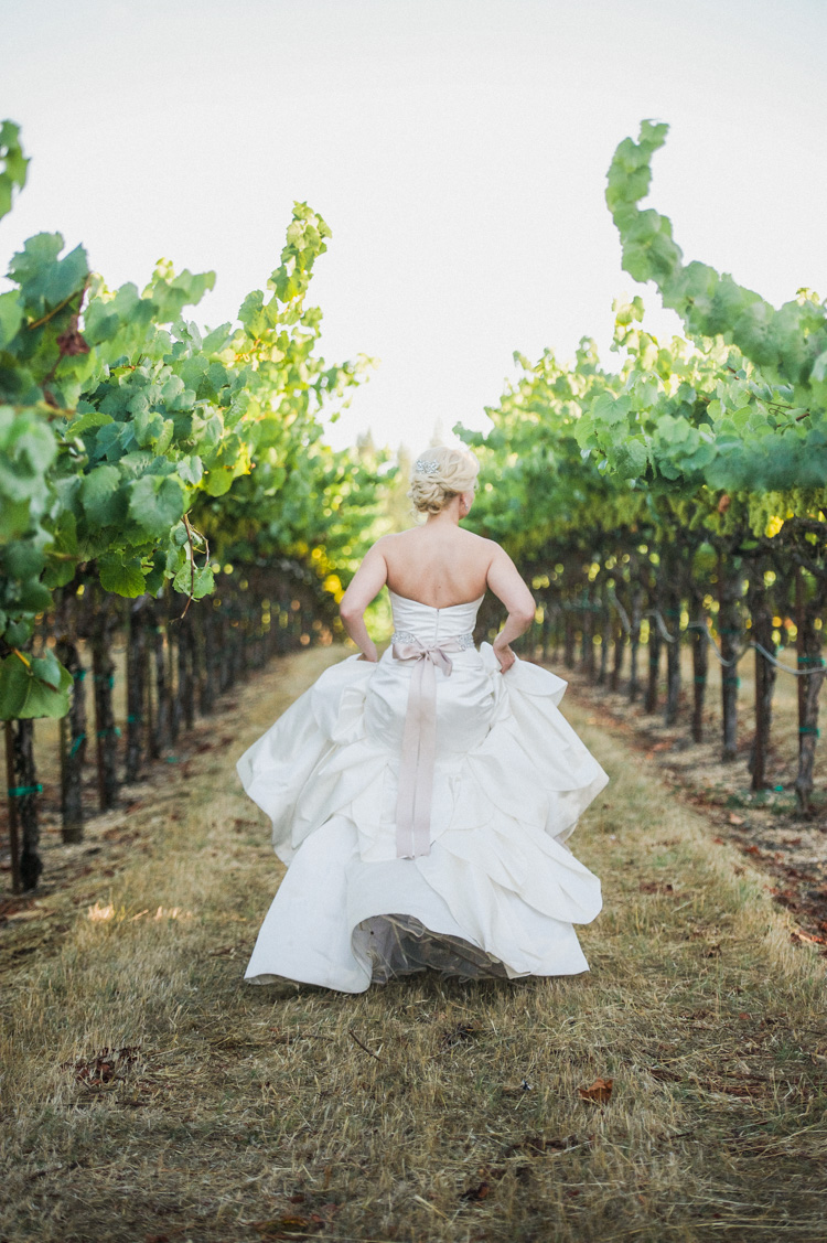 lexi-andrew-sebastopol-california-wedding-photographer-vine-hill-house-96