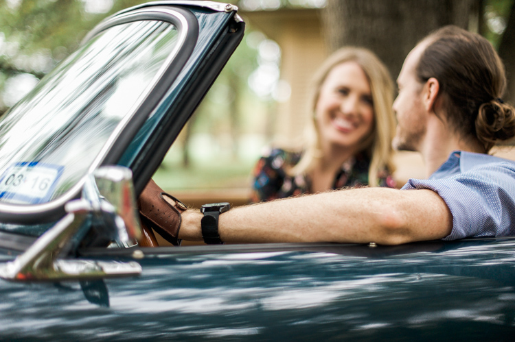 nicole-chaz-vintage-car-white-rock-lake-couples-session-dallas-shannon-skloss-photography-21