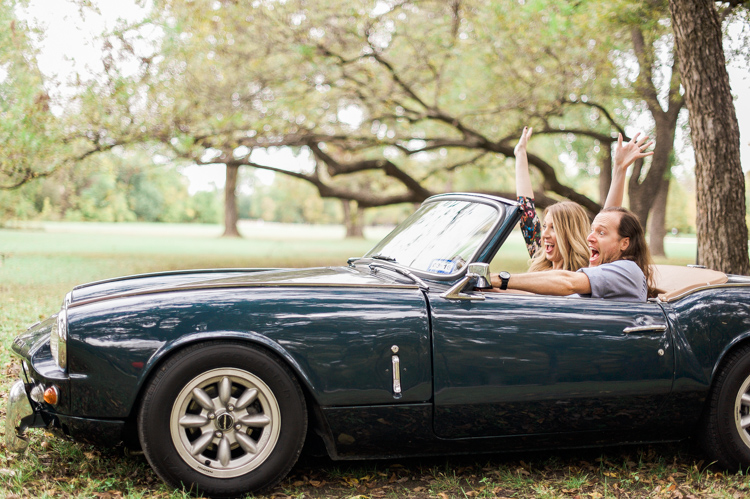 nicole-chaz-vintage-car-white-rock-lake-couples-session-dallas-shannon-skloss-photography-23