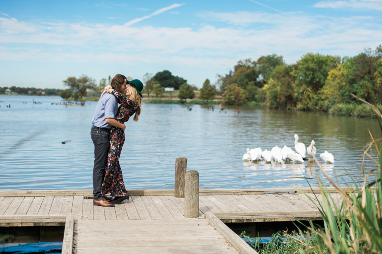nicole-chaz-vintage-car-white-rock-lake-couples-session-dallas-shannon-skloss-photography-3