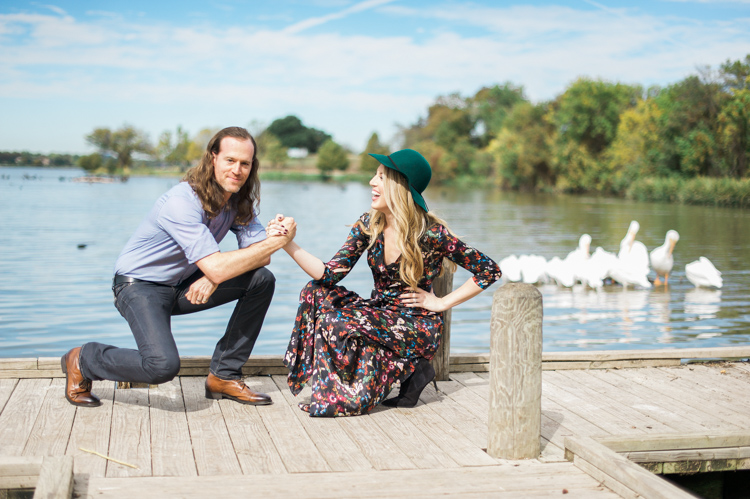 nicole-chaz-vintage-car-white-rock-lake-couples-session-dallas-shannon-skloss-photography-6