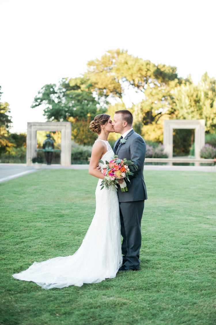Destination Wedding Dresses Dallas : Brittany ryan dallas arboretum wedding photographer shannon skloss