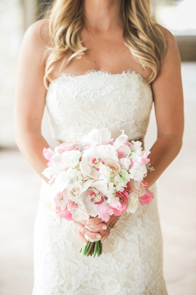white-wedding-cabo-photographer-shannon-skloss-photography-42