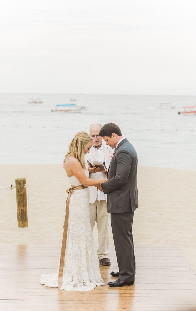 white-wedding-cabo-photographer-shannon-skloss-photography-59