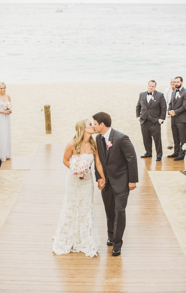 white-wedding-cabo-photographer-shannon-skloss-photography-60