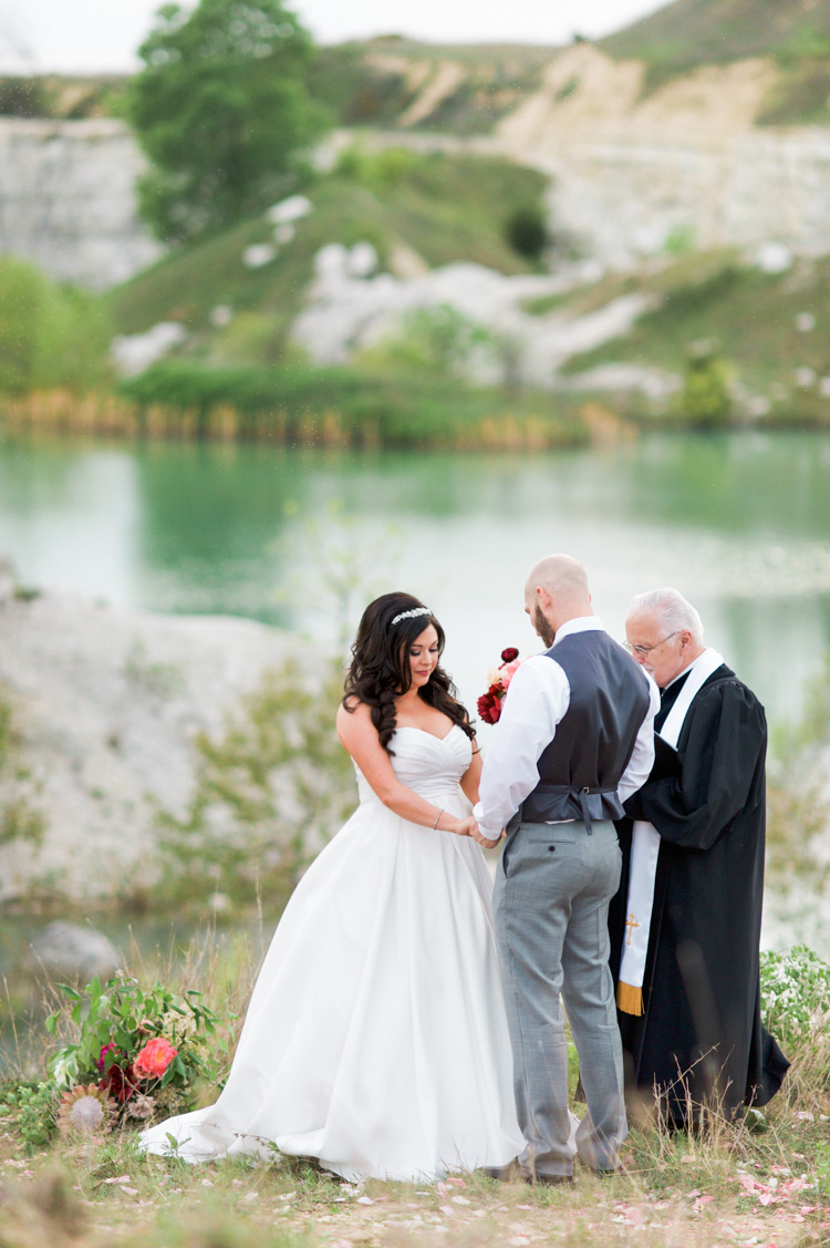 Quarry-dallas-elopement-wedding-photographer-shannon-skloss-13