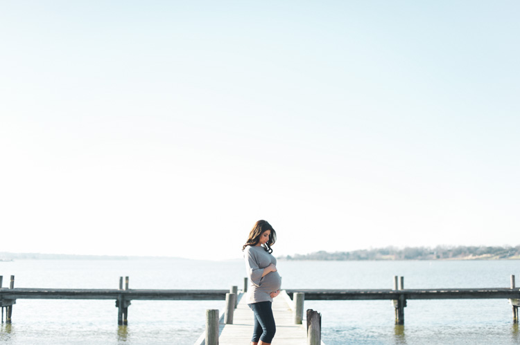 secherre-dallas-maternity-photographer-shannon-skloss-photography-white-rock-pier-7