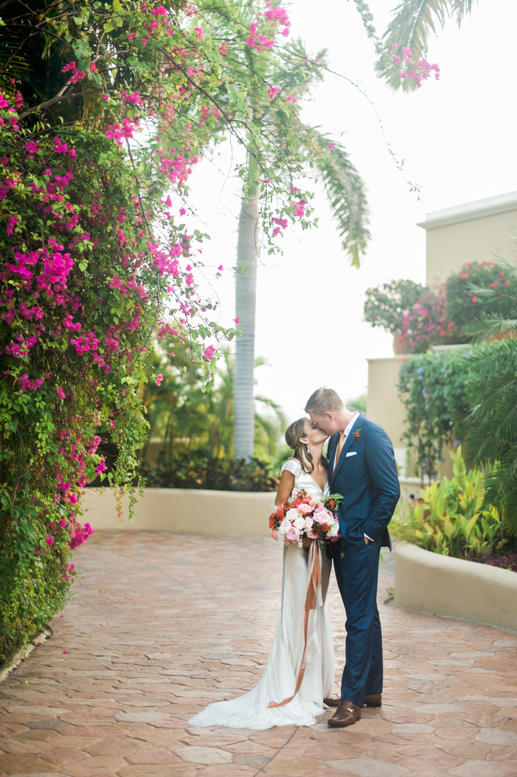 woods-wedding-huatulco-mexico-wedding-photographer-shannon-skloss-destination-97