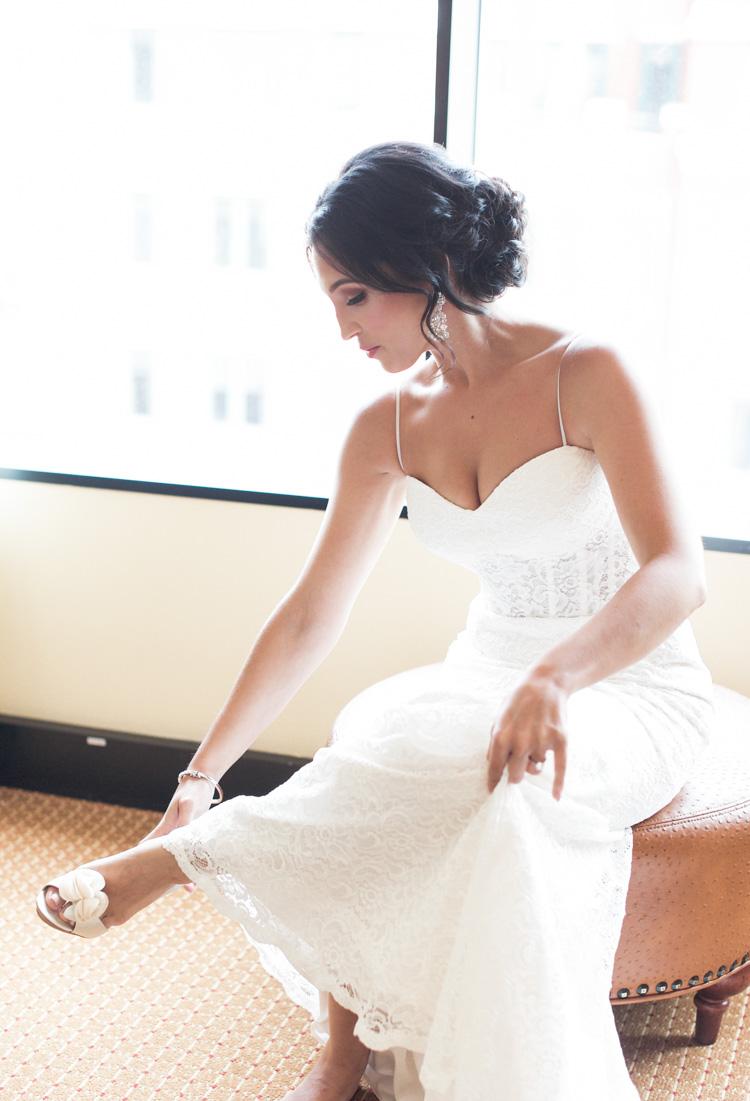 ft worth-museum-wedding-shannon-skloss-photography-16