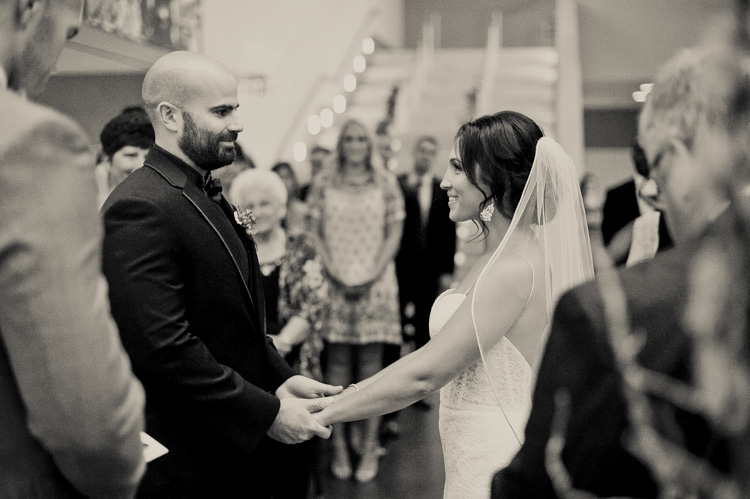 ft worth-museum-wedding-shannon-skloss-photography-47