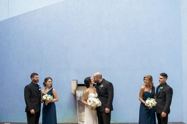 ft worth-museum-wedding-shannon-skloss-photography-54