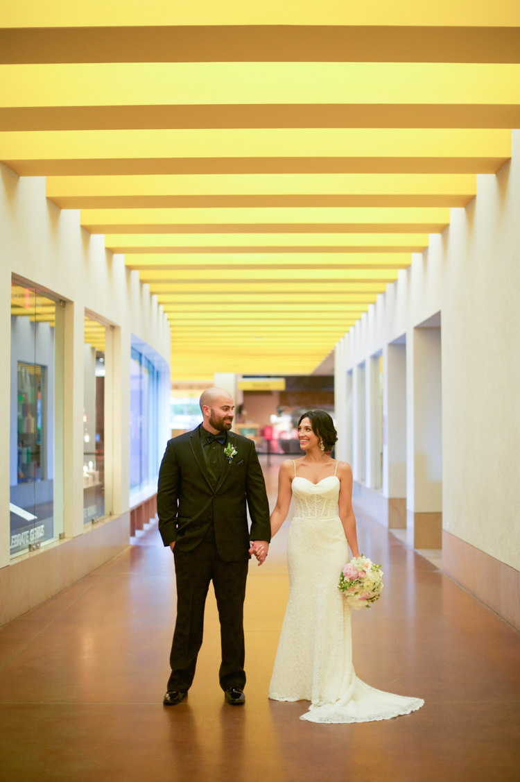ft worth-museum-wedding-shannon-skloss-photography-58