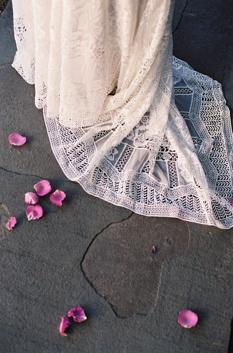 camille-bridal-photos-session-marie-gabrielle-wedding-shannon-skloss-21