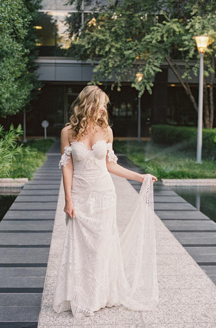 camille-bridal-photos-session-marie-gabrielle-wedding-shannon-skloss-46