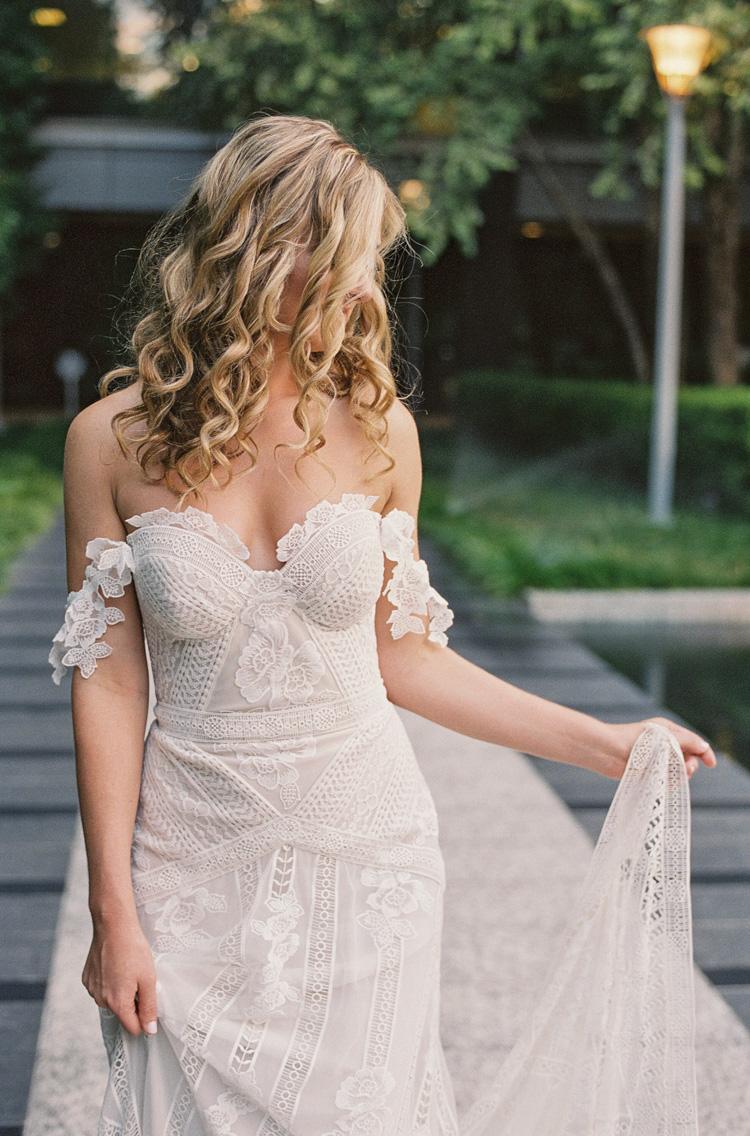 camille-bridal-photos-session-marie-gabrielle-wedding-shannon-skloss-47