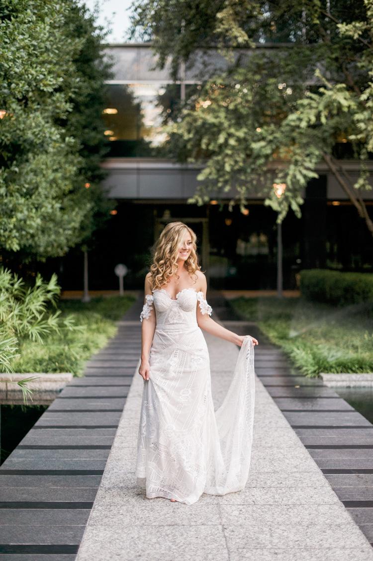 camille-bridal-photos-session-marie-gabrielle-wedding-shannon-skloss-50