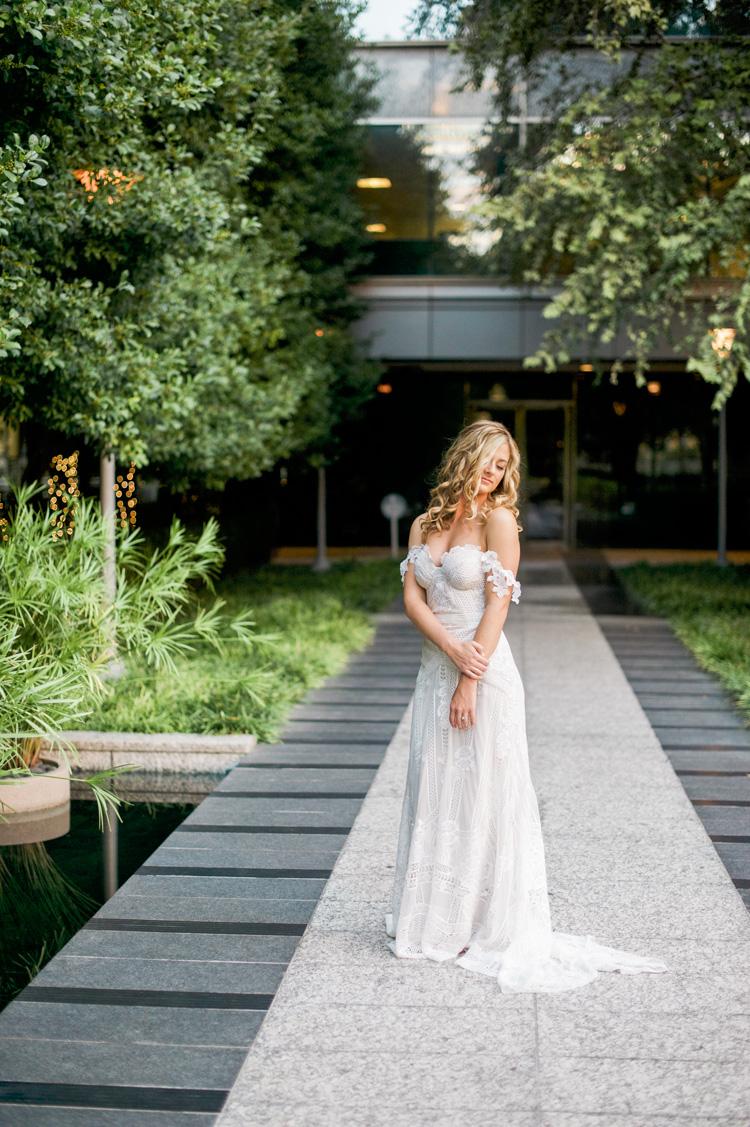 camille-bridal-photos-session-marie-gabrielle-wedding-shannon-skloss-54