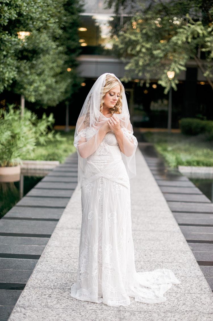 camille-bridal-photos-session-marie-gabrielle-wedding-shannon-skloss-57