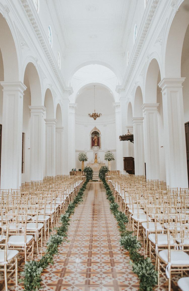 Tekik de Regil chapel wedding in Merida Mexico by Shannon Skloss Photography