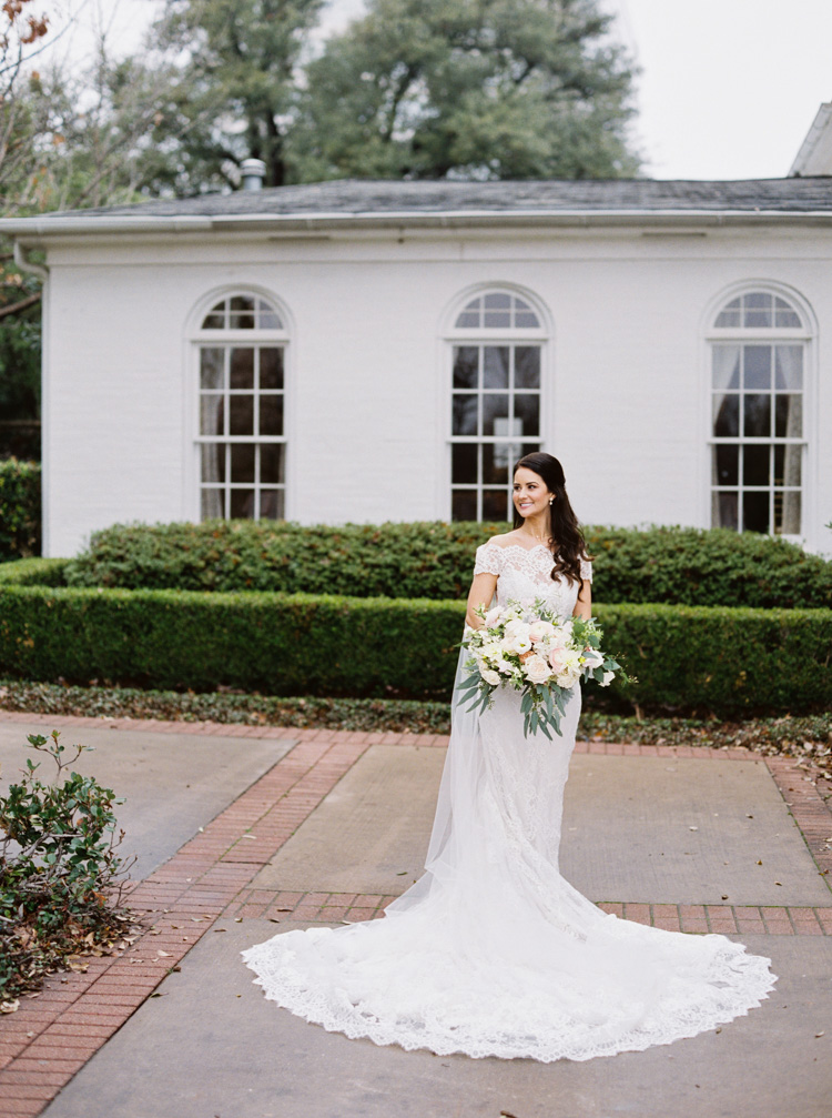 Arlington hall wedding in Dallas shot on film by Shannon Skloss